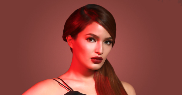 Sarah Lahbati on Her Most Dramatic Hairstyle and More | Bloom