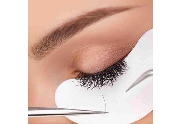 5ca1f253436 3 Semi-Permanent Treatments for Perfect Lashes | Bloom