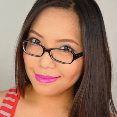 Video Tutorial: Makeup for Girls with Glasses