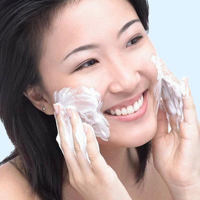 Why Clear Skin Starts With the Right Facial Wash