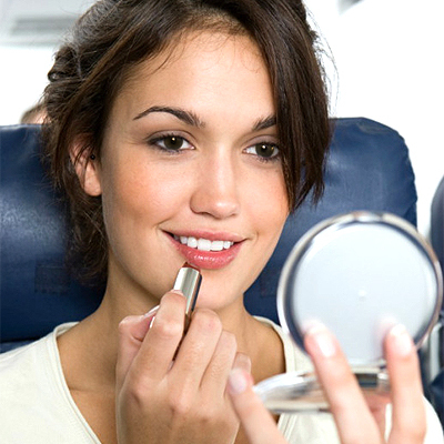 Exactly What to Do to Stay Fresh on a Flight