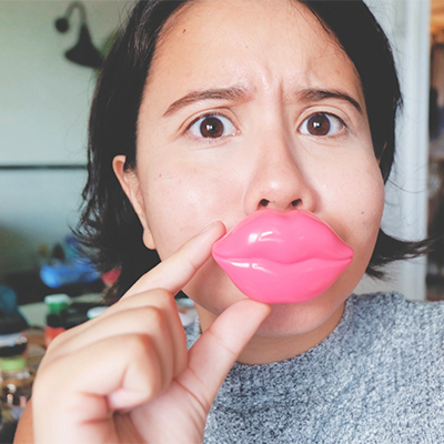 Faking Kylie Jenner Lips and Totally Failing at It