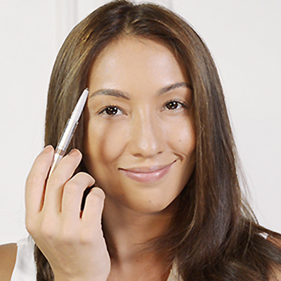 15 Seconds with Solenn: How to Create Perfect Brows
