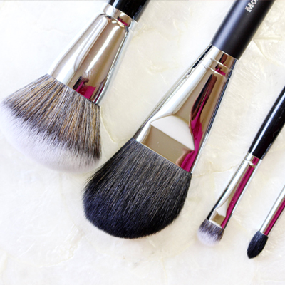 4 Brushes You Absolutely Need If You Love Makeup