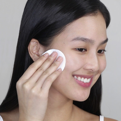 Watch: Easy, Everyday Skincare According to a Celeb MUA