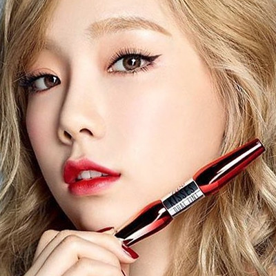This Korean Lip Tint Is a Gel + Emulsion (We'll Explain)