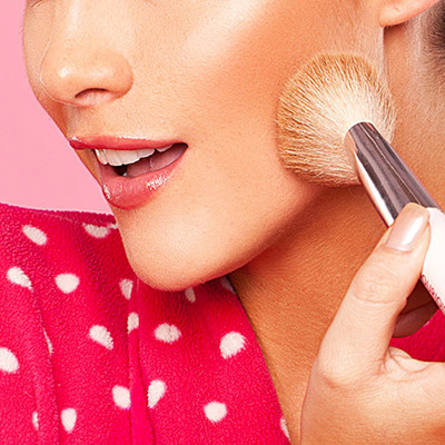 The 4 Basic Makeup Tools You Should Own by Now