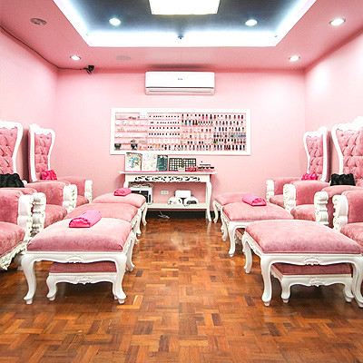 5 Instagrammable Places to Get a Mani-Pedi