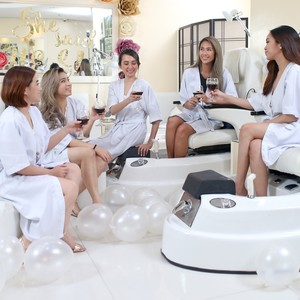 Exclusive Spa Party Package for 5 People by Nail Axis Hand and Foot Spa
