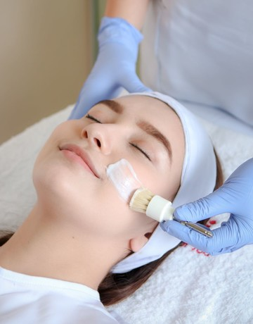 Dermclinic total rejuvenating facial with firming mask 3