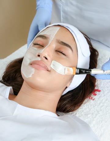 Dermclinic facial