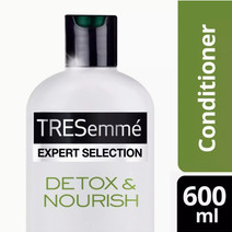 TRESemmé Hair Conditioner Detox & Nourish 600ml by TRESemmé
