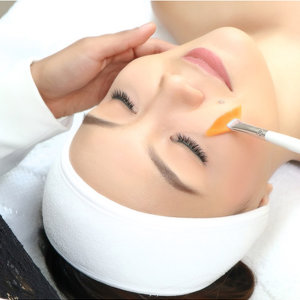 Acne Peel for the Face to Lighten Scars by Levana Dermatology Clinic