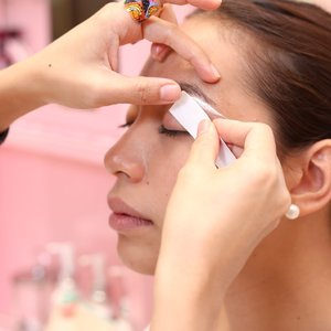Brow Shaping with Styling + Upper Lip Wax by Benefit BrowBar