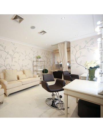 Salon interiors copy 6