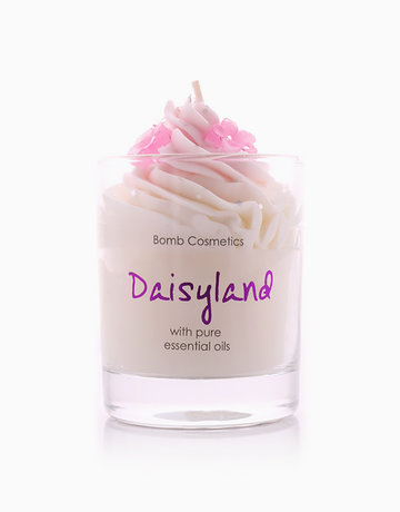 Daisyland Piped Candle by Bomb Cosmetics