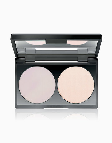 Holographic Illusion Highlighting Powder by Make Up Factory