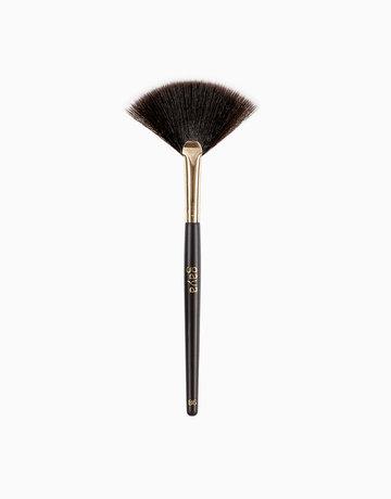 Fan Brush by Gaya Cosmetics