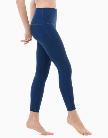 6fd7ea8d08fa58 Yoga Pants High-Waist Tummy Control in Navy by Tesla   BeautyMNL