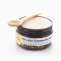 Oaty Vanilla Walnut Hydrating Milk Scrub (400g) by Danni Parcca