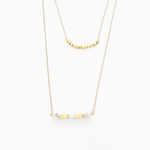Gold/White Beads Necklace by Yhansy