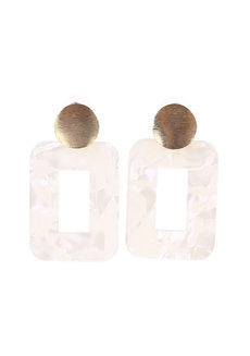 Seashell Stud Earrings by Moxie PH