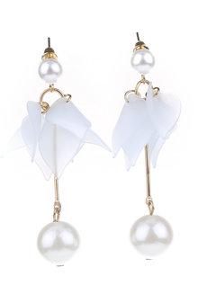 Almond Petal Stud Earrings by Moxie PH in Beau Blue