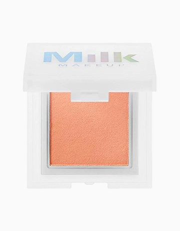 Holographic Highlighting Powder by Milk Makeup