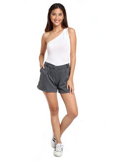 Mid-Waist Shorts with Belt and side Pocket by Chic Beauthic