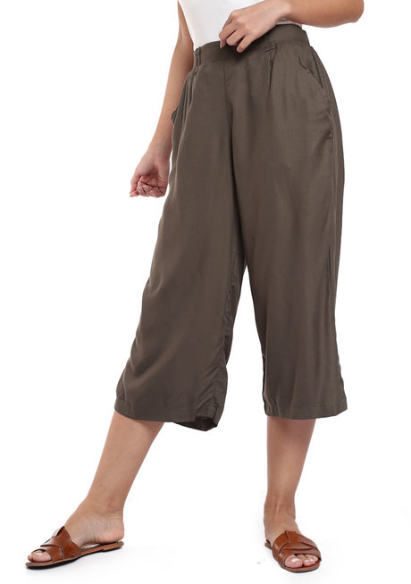 Classic Culotte Pants by Glamour Studio