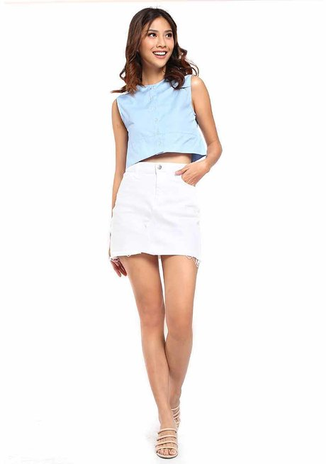 Penny Cropped Button Down Sleeveless Top