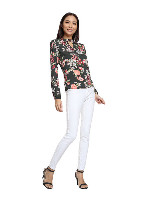Milagritos Long Sleeves Top by Chelsea