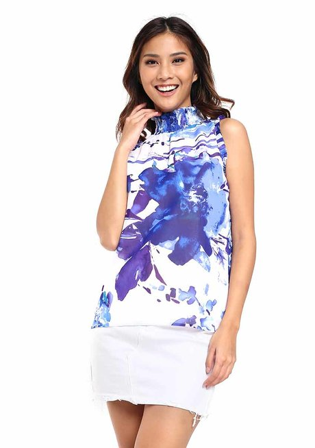 Faustina Turtle Neck Sleeveless Top by Chelsea