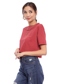 Brielle Crew Neck Shirt by Babe