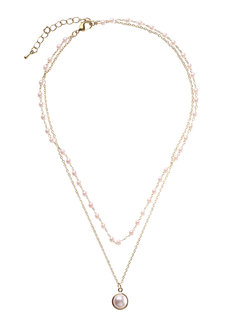 Pearly Necklace by Znapshop