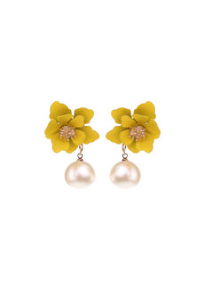 Jasmine Flower Stud Earrings by Moxie PH