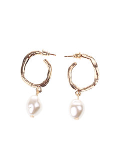 Maxine Pearl Earrings by Dusty Cloud