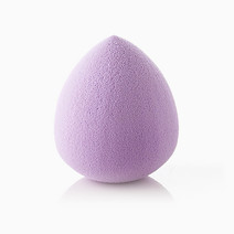 Egg-Shaped Pro Blend Sponge  by PRO STUDIO Beauty Exclusives