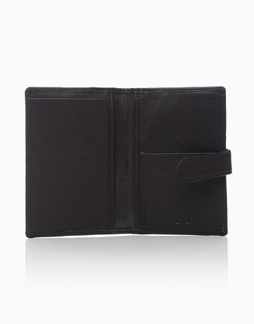Passport Holder (with Lip) by T.U.