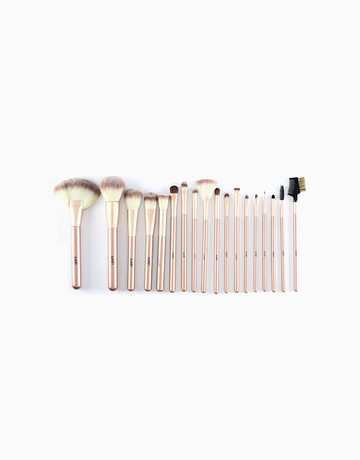 18-Piece Makeup Brush Set by Suesh