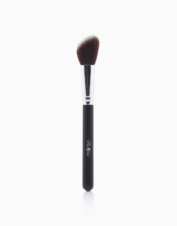 F104 Contour Brush by The A-List