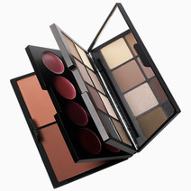 Day/Night Transformation Palette by Makeup World in