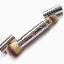 Dual-Head Foundation Brush by Ellana
