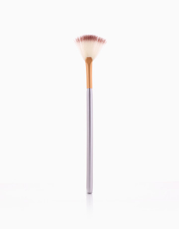 Powder Fan Brush (Gold) by PRO STUDIO Beauty Exclusives