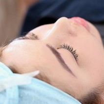 Keratin Lash Lift with Semi-Permanent Mascara by The Eyebrowdery