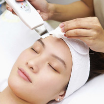 Ultrasonic Facial by Dr. CRB