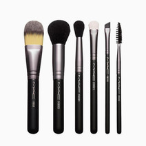 Basic Brush Kit by MAC