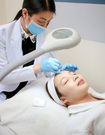 Acne surgery 1