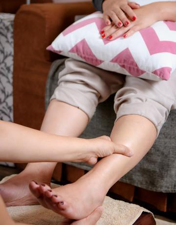 Mani pedi   foot paraffin massage  copy 4