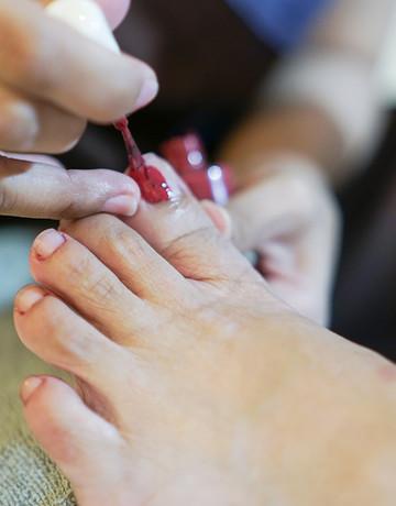 Naked nails pedi 05